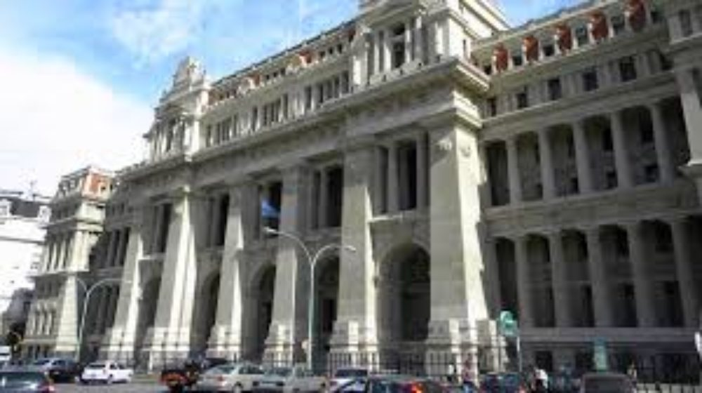 Un retorno «administrado» a la actividad judicial