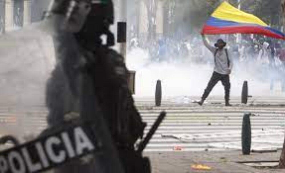 AAL expresó a la embajada colombiana su preocupación por la represión a la protesta social.